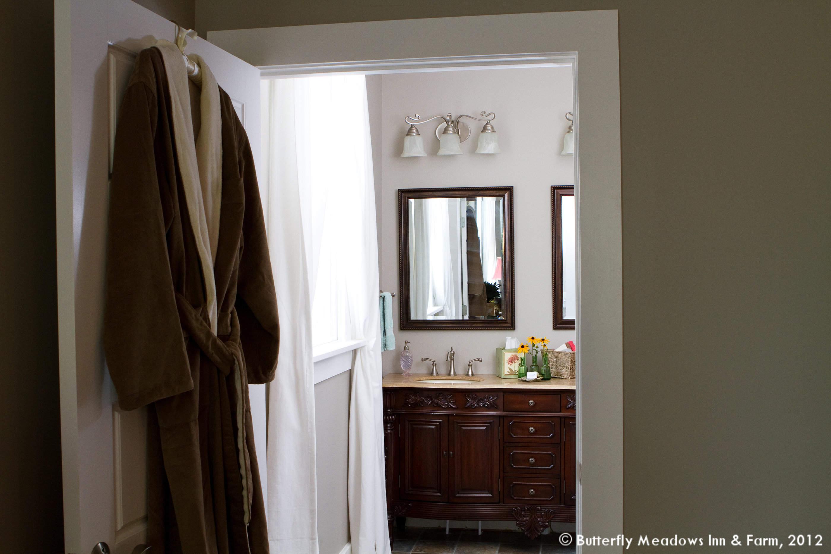 Anna Bathroom